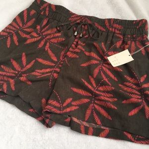 Women's 2X Shorts olive pink A new Day Palm Leaf
